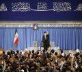 رهبر معظم انقلاب اسلامی در دیدار هزاران نفر از قشرهای مختلف مردم: هر کس به ایران و امنیت آن علاقهمند است باید در انتخابات شرکت کند